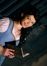 Cosplay-Cover: Belle (blue dress)