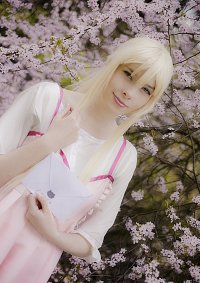 Cosplay-Cover: Kaori Miyazono (Pink Dress)