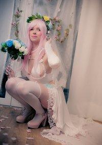 Cosplay-Cover: Super Sonico (Bride)