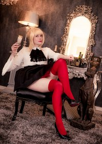 Cosplay-Cover: Saber Nero (Fashion)