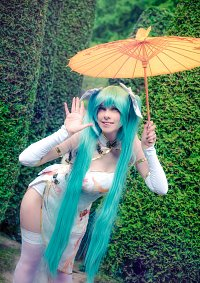 Cosplay-Cover: Miku Hatsune (Chinese Dress)