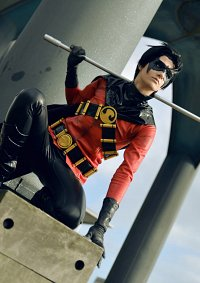 "Cosplay-Cover: Timothy ""Tim"" J. Drake [Red Robin]"