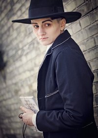 Cosplay-Cover: Credence Barebone
