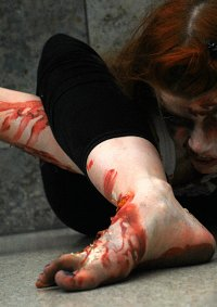 Cosplay-Cover: Zombie - Autounfall