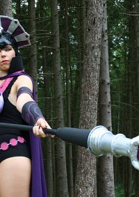 Cosplay-Cover: Evil-Lyn *battle ground*