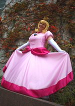 Cosplay-Cover: Prinzessin Peach (Toadstool)