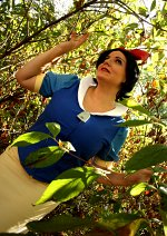 Cosplay-Cover: XXX Snow White *Pokemon Trainer*