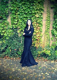 Cosplay-Cover: Morticia Addams (Die Addams Family)