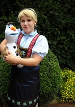 Cosplay-Cover: Elsa of Arendelle Toodlers