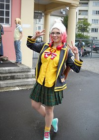 Cosplay-Cover: Pascal - Schuluniform