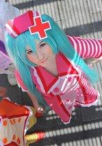 Cosplay-Cover: Miku Hatsune (Love coloured ward)