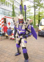 Cosplay-Cover: Blitzwing