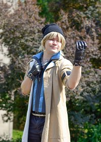 Cosplay-Cover: Snow Villiers (FF XIII)