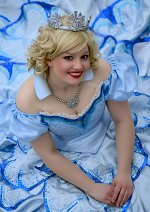Cosplay-Cover: Glinda [Bubble Dress]