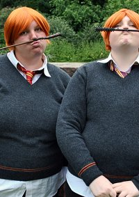 Cosplay-Cover: George Weasley - Schuluniform