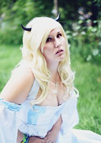 Cosplay-Cover: Horn Skuld