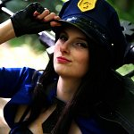 Cosplay: Caitlyn [Officer Skin]
