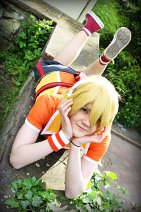 Cosplay-Cover: Kagamine Len [Fire◎Flower - Project DIVA f]