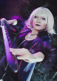Cosplay-Cover: Jeanne d'Arc Alter - Shinjuku