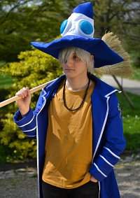 Cosplay-Cover: Shion Eliphas Levi
