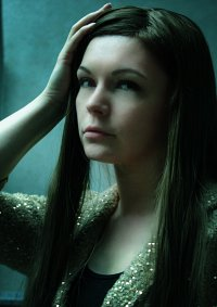 Cosplay-Cover: Margot Verger (Goldener Blazer)