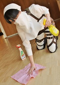 Cosplay-Cover: Levi [Putzkolonne]