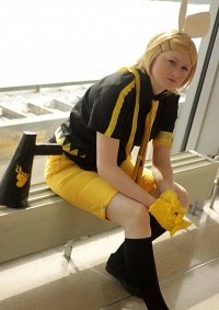 Cosplay-Cover: Rin Kagamine ~ Love is war