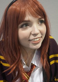Cosplay-Cover: Lily Evans [Winter Uniform]