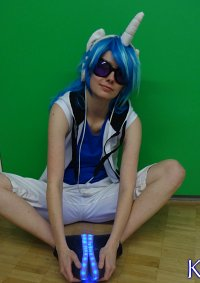 Cosplay-Cover: Vinyl Scratch