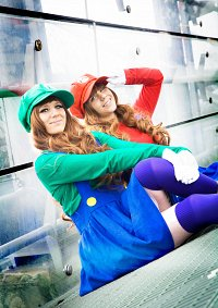 Cosplay-Cover: Luigi » Gender Bender