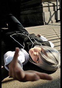 Cosplay-Cover: Ichiru Kiryu (Uniform)