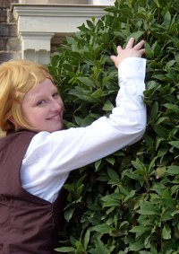 Cosplay-Cover: Finnian (Reiseoutfit)
