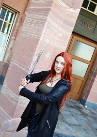 Cosplay-Cover: Jocelyn Fairchild (young/Circlemember)