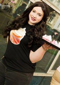 Cosplay-Cover: Max Black ~Cupcake Shirt~