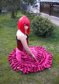Cosplay-Cover: Madame Red [Ball Gown]