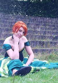 Cosplay-Cover: Anna von Arendelle (Coronation)