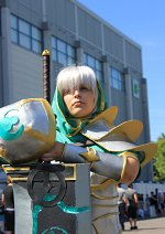 Cosplay-Cover: Riven (Redeemed Skin)