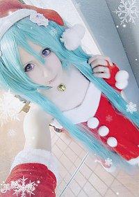 Cosplay-Cover: Hatsune Miku Santa X-Mas