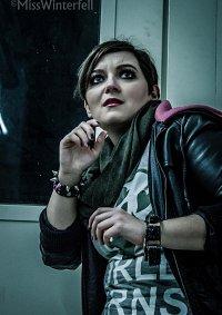 Cosplay-Cover: Moira Burton