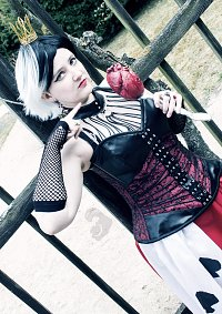"""Cosplay-Cover: Queen of """"human"""" hearts"""