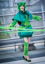 Cosplay-Cover: Bisasam Gijinka by Cowslip