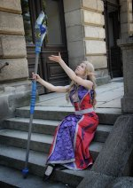 Cosplay-Cover: Bloodelf Priestess