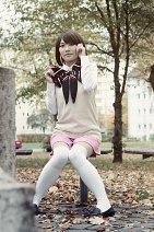 Cosplay-Cover: Paku Noriko (Pullunder)