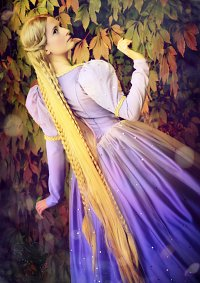 Cosplay-Cover: Barbie als Rapunzel