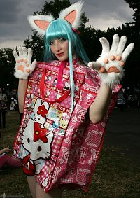 Cosplay-Cover: Hello Kitty Tasche~♥~