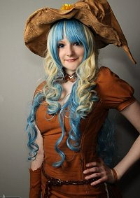 Cosplay-Cover: Hexe