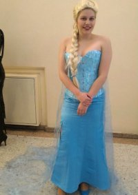 Cosplay-Cover: Elsa