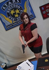 Cosplay-Cover: Claire Redfield Resident Evil 2 (1998 Version)
