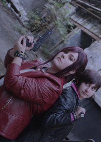 Cosplay-Cover: Claire Redfield [Revelations 2]