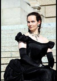 Cosplay-Cover: Elisabeth - Schwarzes Abendkleid